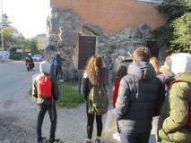 Alla ricerca della palla di cannone: sulla sinistra Casale Giacometti ora ristorante Scarpone