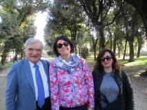 Enrico Luciani con la prof.ssa Martina Micillo e Veronica Formica