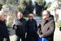 Massimo Capoccetti saluta i giovani/anziani amici