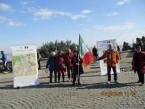 Dal Mausoleo sono arrivati a sostenere la manifestazione anche Giovanna De Luca, ed Emanuela Mariani e consorte