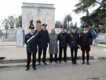 Il primo saluto ai Carabinieri, guidati dal Comandante Agostino Pinca