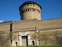 Porta Pertusa e Torre di San Giovanni