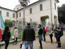 Roberto e Manuela mostrano e spiegano Villa Vecchia, la vera casa dei nobili (dove vivevano, dormivano…)