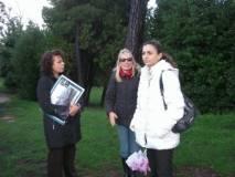 CIMG3862 da sinistra Daniela Donghia e le insegnanti Simonetta D'Orazio, Elena Cardone_big