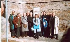VILLA SAVORELLI-AURELIA pannello 5: con l'omonimo pronipote di Giuseppe Garibaldi e l'assessore regionale (Robilotta), il Comitato Gianicolo (Balzarro, Bove, Luciani, Monsagrati)
