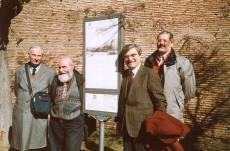 LE BRECCE pannello 3, ingresso secondario di Villa Sciarra: con Balzarro e Luciani inaugurano Claudio Bove e Antonio Thiery