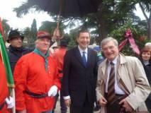 4-lucian-foto-ricordo-sindaco-e-piazza-ip1010920