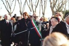 PIAZZALE GARIBALDI installazione PANNELLO 9 (Il Gianicolo e la Repubblica Romana): parla, per il Comitato Gianicolo, la prof. Giuliana Limiti