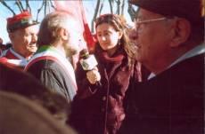 PIAZZALE GARIBALDI installazione PANNELLO 9 (Il Gianicolo e la Repubblica Romana): l'assessore Gianni Borgna intervistato dalla televisione