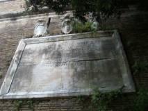 ALIM6745 la targa del Papa non distrutta dopo la presa di Roma_big