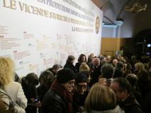 tanta folla all'inaugurazione della mostra