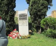 La nuova  stele, oggi,  ricorda le 10 donne uccise il 7 aprile 1944 dai nazifascisti.