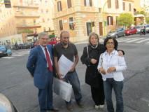 Enrico Luciani e Roberto Calabria salutano le prof.sse Silvia Catone e Maria Canu
