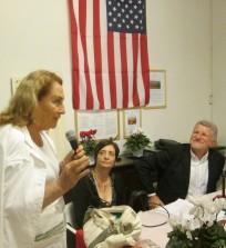 Anita Garibaldi saluta gli autori e plaude anche allo loro azione svolta a Caprera a favore del rispetto dei luoghi e della cavalla di Garibaldi