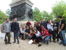 La classe di Liceo Linguistico con il prof. Agostino Bistarelli, al Parco della memoria assistiti dal nostro dr Massimo Capoccetti
