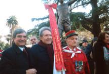 """Al centro Roberto Bruni, presidente dell'associazione """"Amici di Righetto"""", membro del Comitato Gianicolo"""