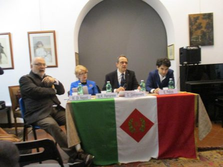 Da sinistra: Mario Di Napoli, Rosaria Ferrarese, Giorgio Giovannetti che introduce il dibattito, Emanuele Felice