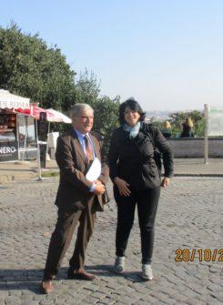 La professoressa Anna Lisa Iacubino con Enrico Luciani