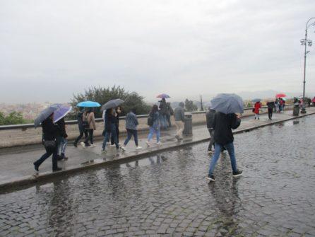 A piazzale Garibaldi, piove ancora