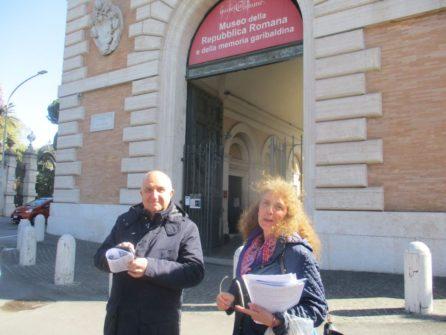 Con la IV A il prof. Paolo Vidau e Noemi Grimaldi
