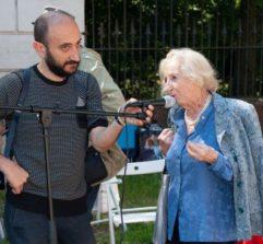 Roberto Calabria intervista Carla Vitali in Solari, venuta insieme a Elena Vitali Sandrelli, cugine discendenti di Leone Paladini