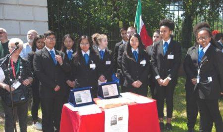 Gli alunni della III A Accoglienza dell'IPSSEOA A. Vespucci