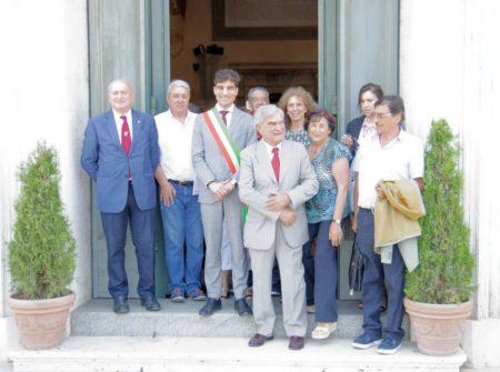 L'affaccio sulla Scalea: con Enrico Luciani ed altri, Enrico Stefàno in fascia tricolore per l'Assemblea Capitolina