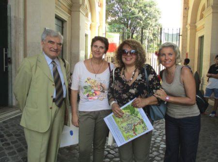 Per la I DT da sinistra: il prof. Carlo Russo, Enrico Luciani, la prof.ssa Alessandra Riso , Ivana Colletta