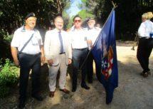Francesco Luciani in foto con la delegazione dell'associazione Nazionale Marinai d'Italia