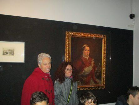 Al Museo le prof.sse Stefania Panichelli e Maria Amato seguono il racconto di Ciceruacchio