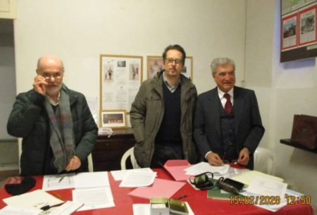 Da sinistra: Mario Savelli, segretario; Paolo Calbucci, presidente dell'assemblea; Enrico Luciani, presidente associazione