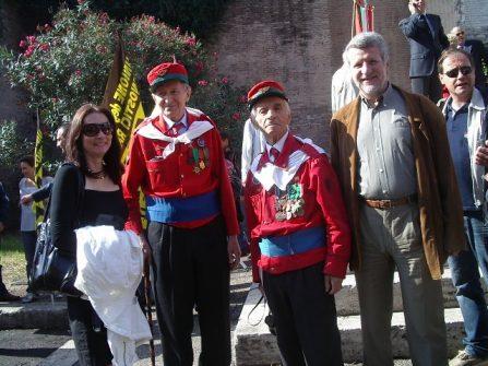 In immagine Gayle Ridinger e Paolo Pochettino: in una loro visita a Roma per onorare la breccia di Porta Pia