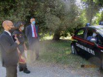 il prof Carime Pinto saluta benevolmente anche i Carabinieri e parla dello scudo di Garibaldi